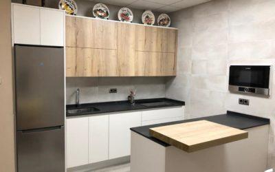 Instalación de una cocina para un txoco