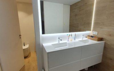Muebles con espejo y led perimetral
