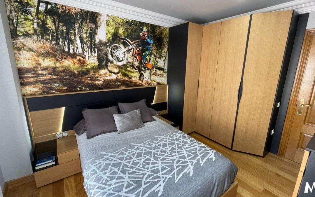 Dormitorio en madera y laca
