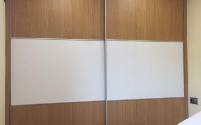 Armario empotrado correderas tres paneles con freno