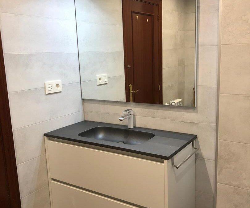 Mueble de baño de dos cajones